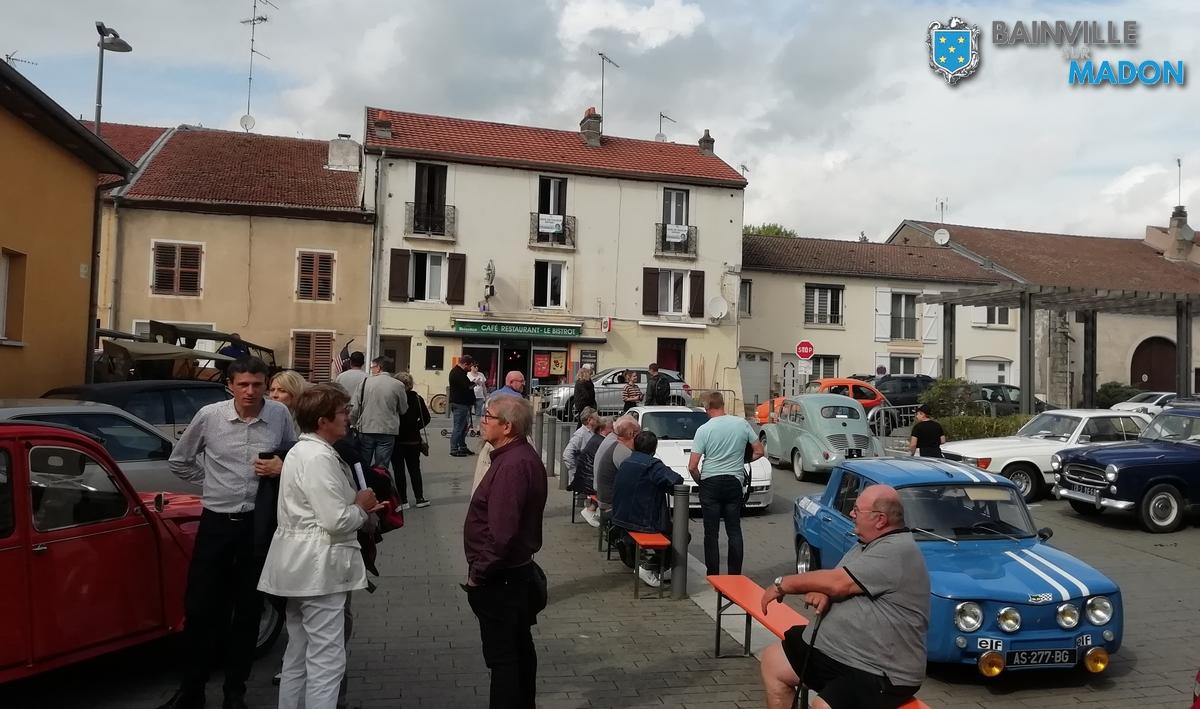 Rétrospective de la journée «Voitures de collection, brasseurs artisanaux et exposition»